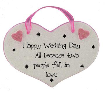 happy wedding day plaques click for choice of messages heartstrings